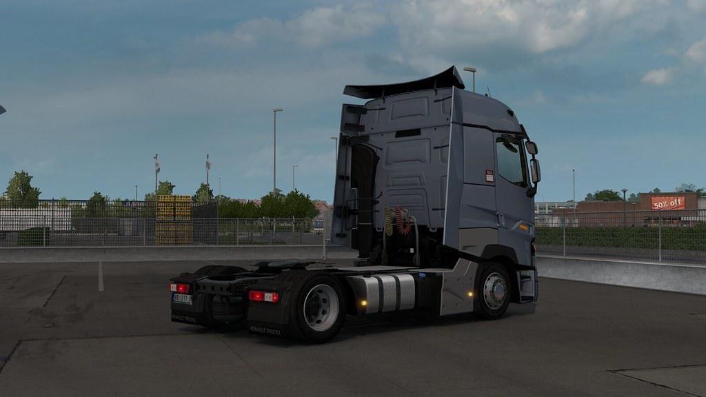 Low deck chassis addon for SCS Renault Range T v1.0